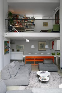 Make-a-house-a-home-2-Easy-Living-11Mar14-Richard-Powers_b_426x639